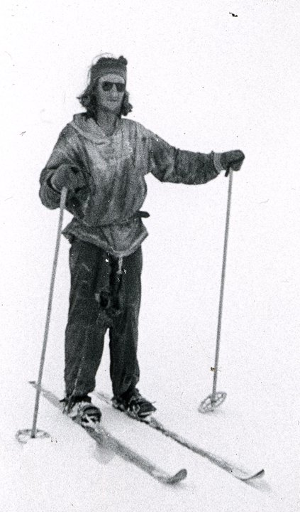 Person on snow with skis